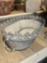 Jardinière fer gris patiné dentelée Forcalquier