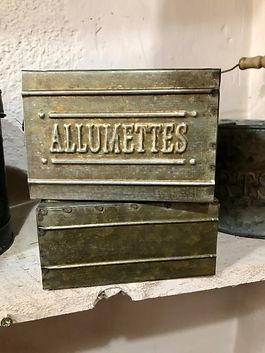 Boite zinc pour allumettes Antic Line Forcalquier