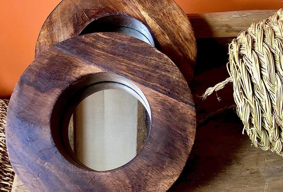 Ronde houten spiegel