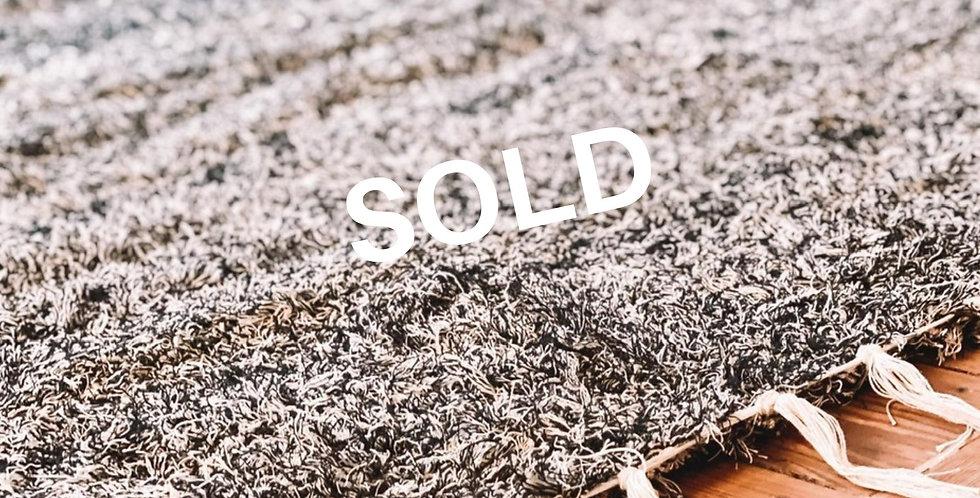 Handmade tapijt in grijstinten 170x240cm