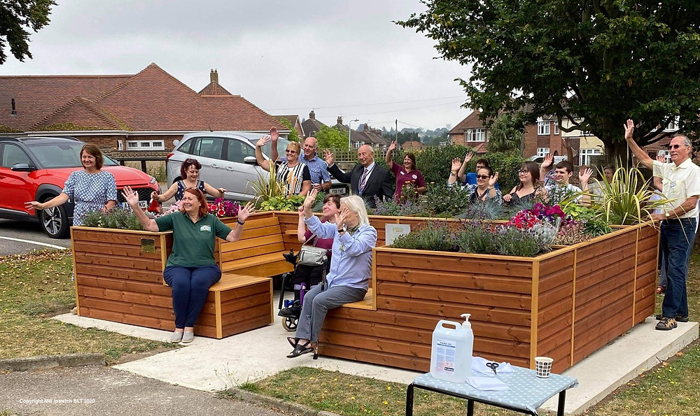 official and emotional opening of The Friendly Bench™ Ipswich. Officiated by project lead, Tracey Dockery of NW Ipswich BLT was accompanied by Reverend Mary Sokanovic, Andrea Pittock from Suffolk Community Foundation and the daughters of the late Lolly Hill who was a volunteer for NW Ipswich BLT and The Friendly Bench™ champion.