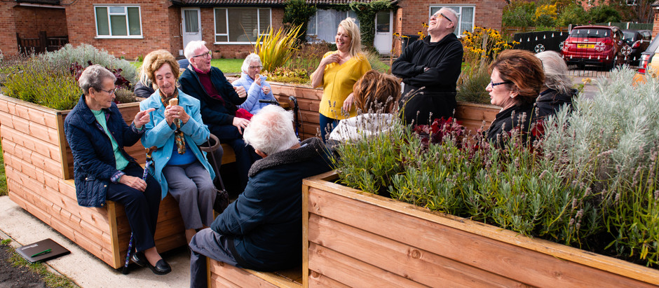 Community-focussed organisations invited to apply to join The Friendly BenchⓇ network
