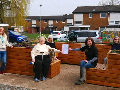 The Friendly BenchⓇ comes to Bury, Manchester