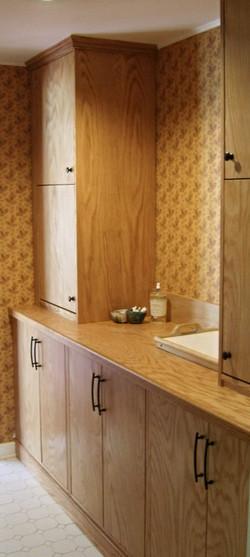 Red Oak Kitchen Breakfast Nook