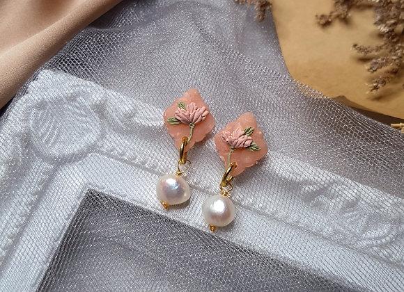Peachy Florals 005