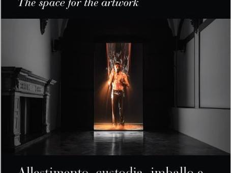 Lo spazio per l'opera d'arte e l'imballo come un guanto