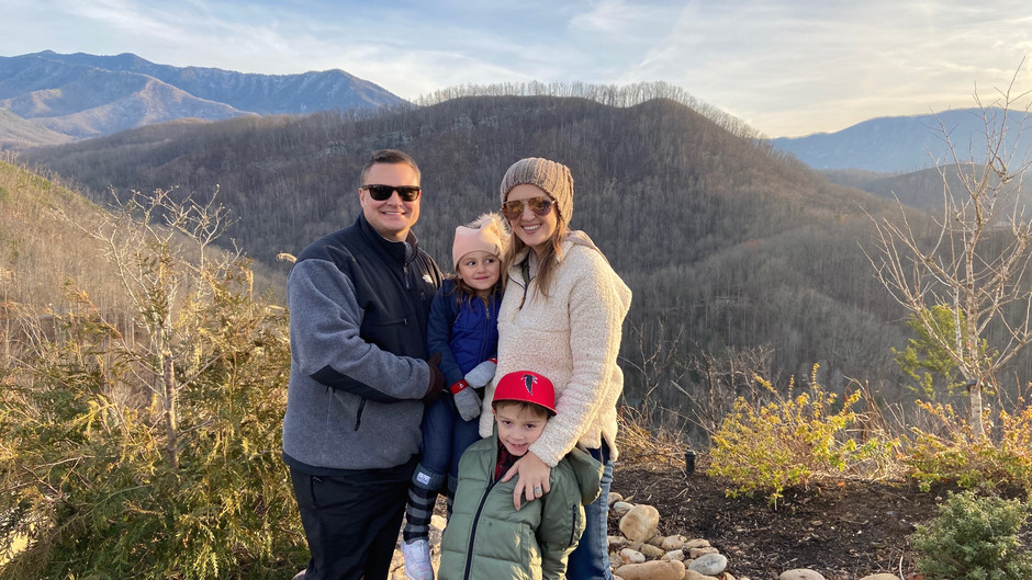 A Family Winter Travel To The Tennessee Mountains