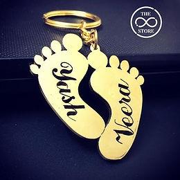 Customized foot keychain