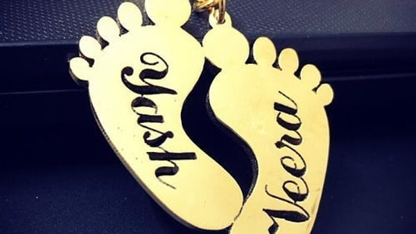 Customized foot keychain
