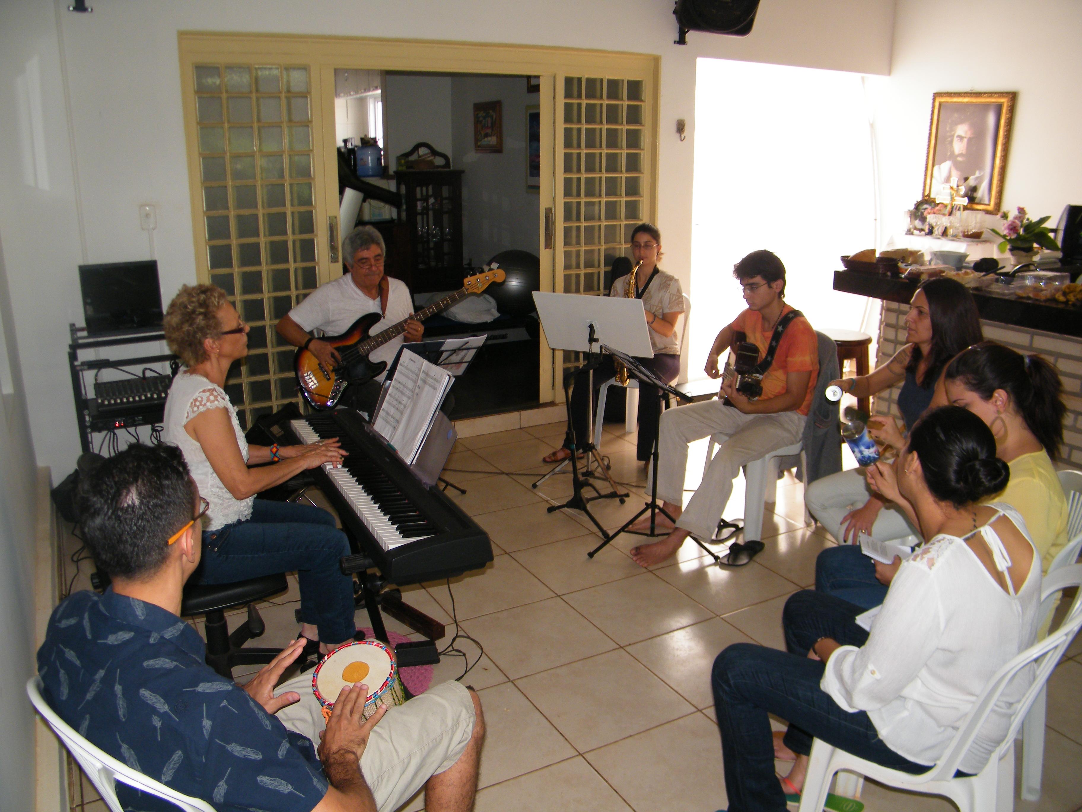 1º_Ensaio_dos_Músicos_do_Estrela_Dourada_-_12-07-2015_-_07.JPG