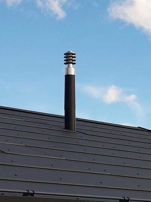 Sortie au toit finition zinc-titane