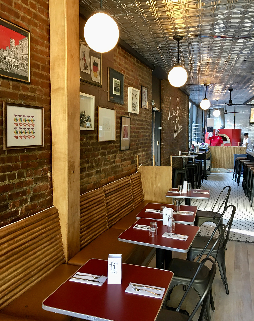 Roland's, a new Harlem spot for crisp Roman-style pizza