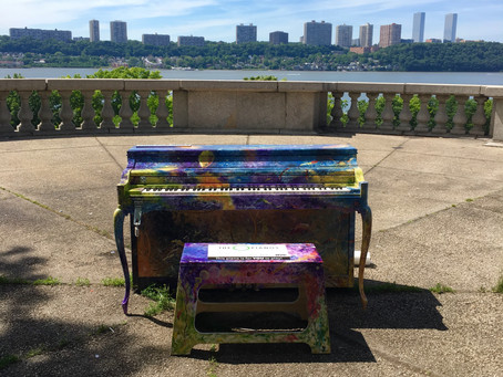 This Sing for Hope piano in Riverside Park has the best views