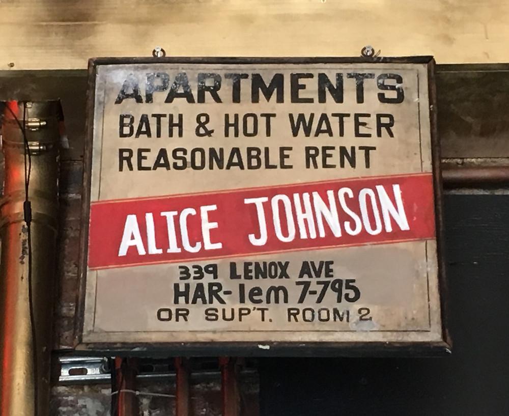 A vintage sign in Harlem Ale House