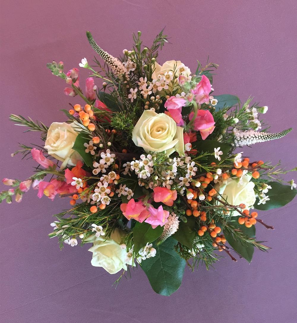 Organic-style flower bouquet from La Fleur d'Harlem