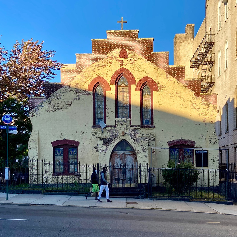 Mt. Zion Lutheran Church with its yellow facade in 2020