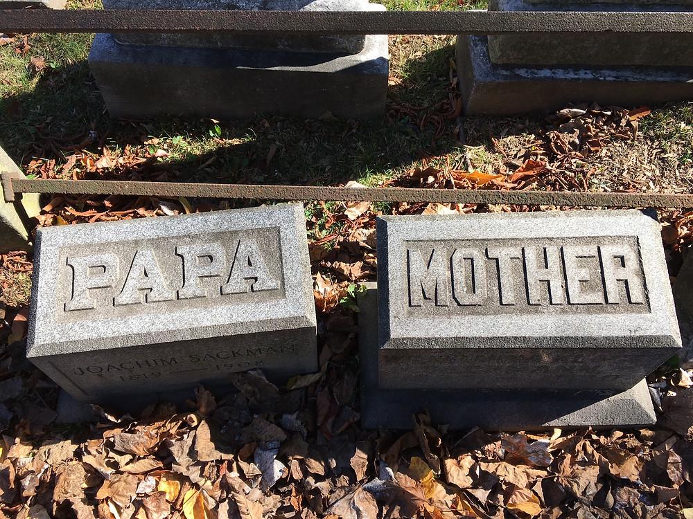 Trinity Church Cemetery gravestones