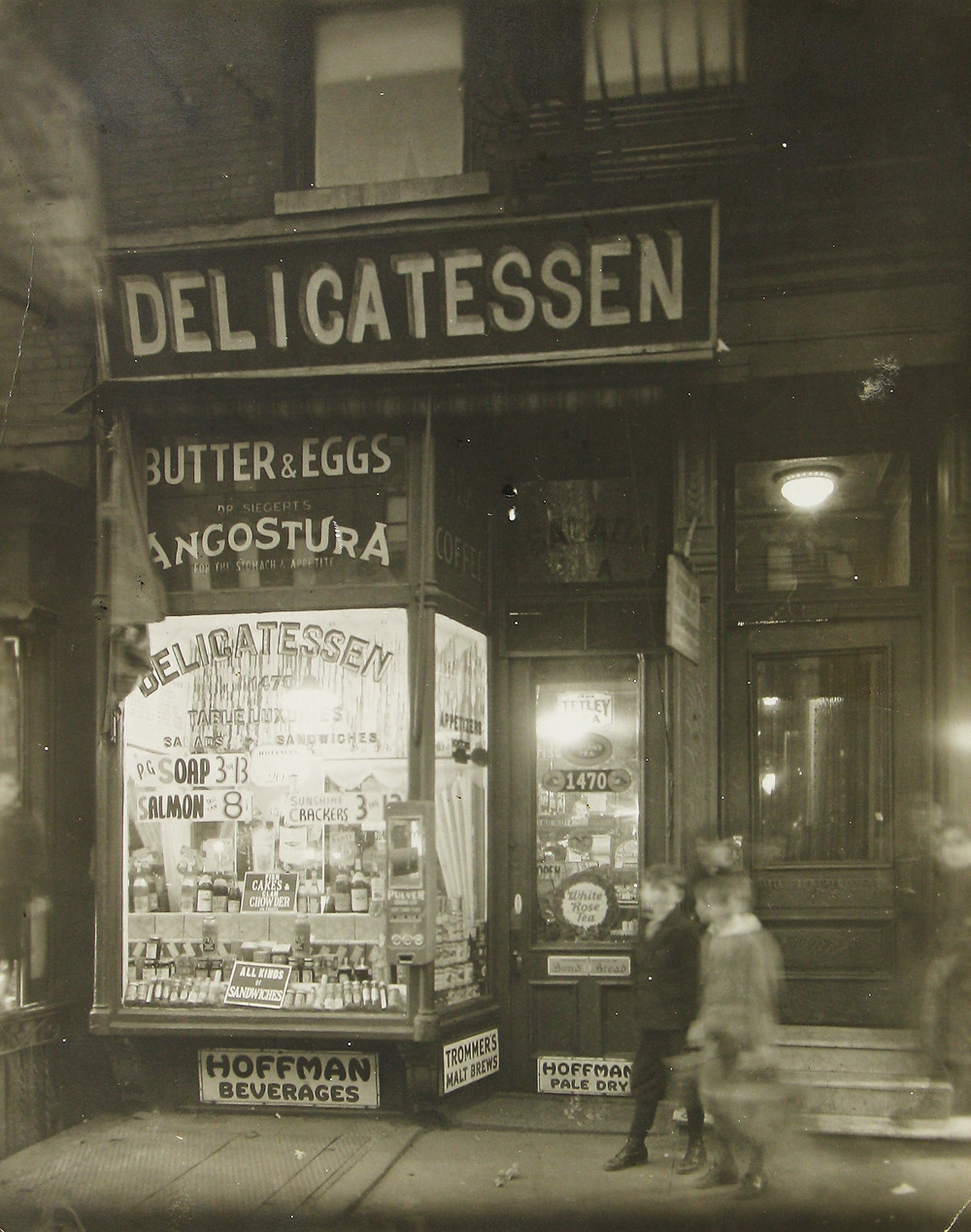 James Van Der Zee, Broadway Delicatessen, c. 1925