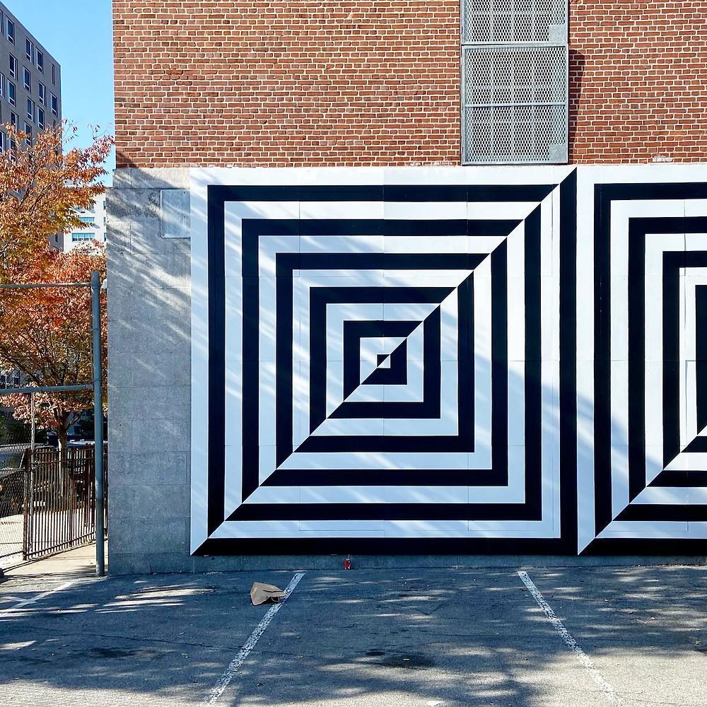 Uno Dos Tres mural in East Harlem by Carmen Herrera