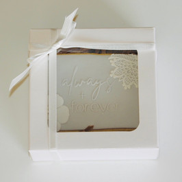 Boxed wedding cookie favours