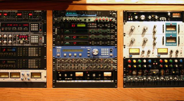 One of the many outboard racks