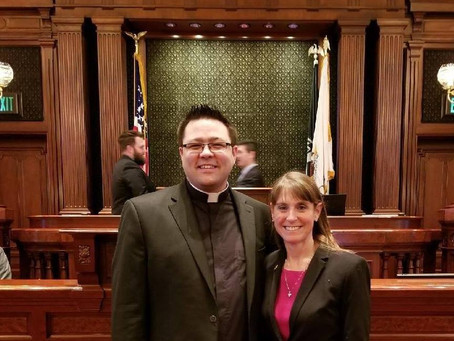 Pastor Kyle invited to pray in Springfield