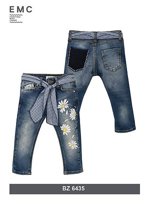EMC BLUE JEANS WITH SUNFLOWER PRINT ON THE LEFT SIDE AND CHECKED SCARF BELT