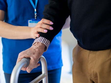 4 Signs That It Might Be Time To Seek Long-Term Care for a Loved One