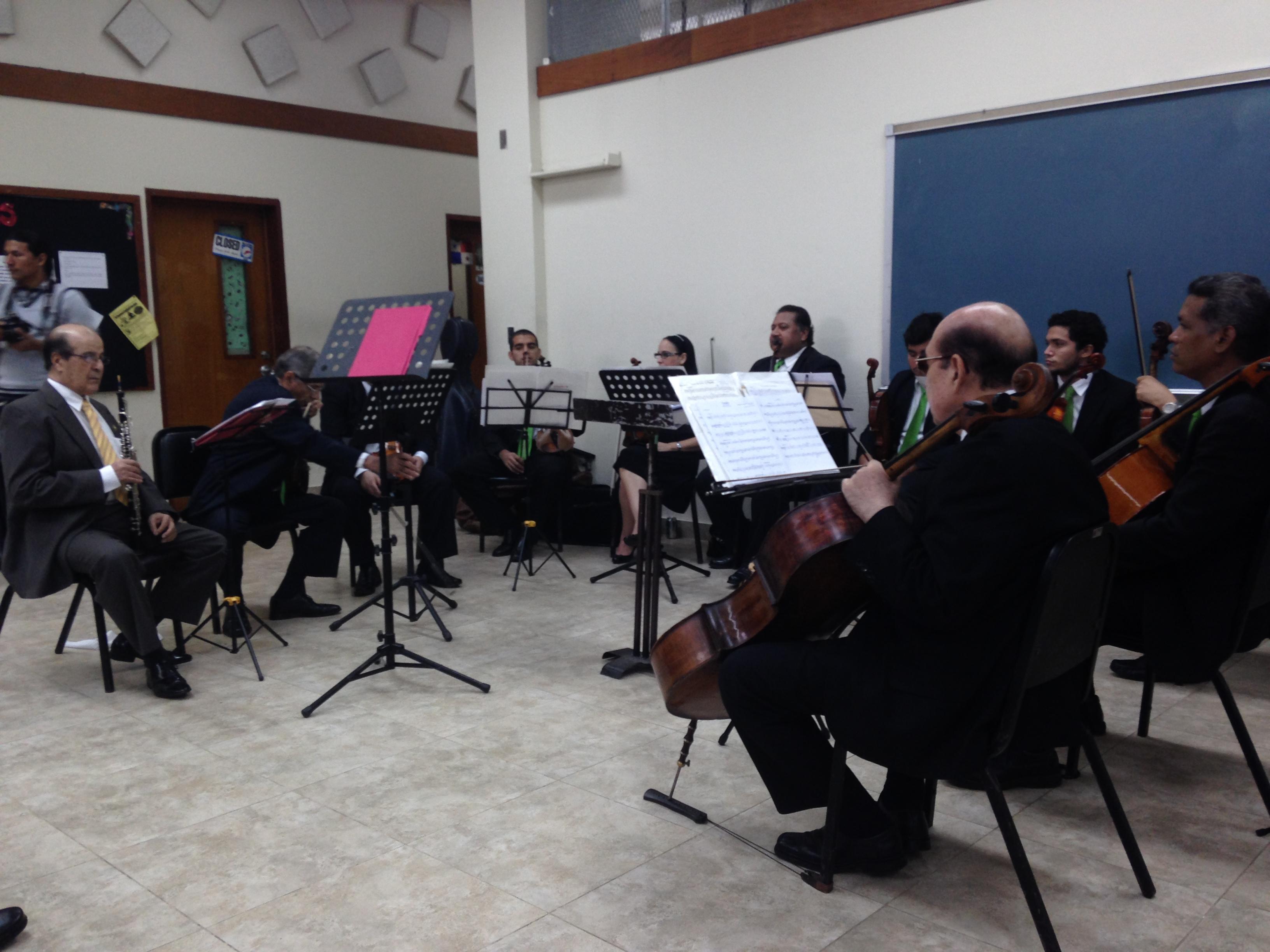 Presentación de Temas Musicales