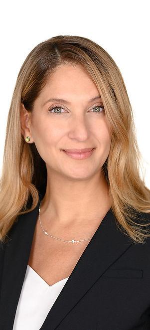 Maria-de-Leon-headshot.jpg