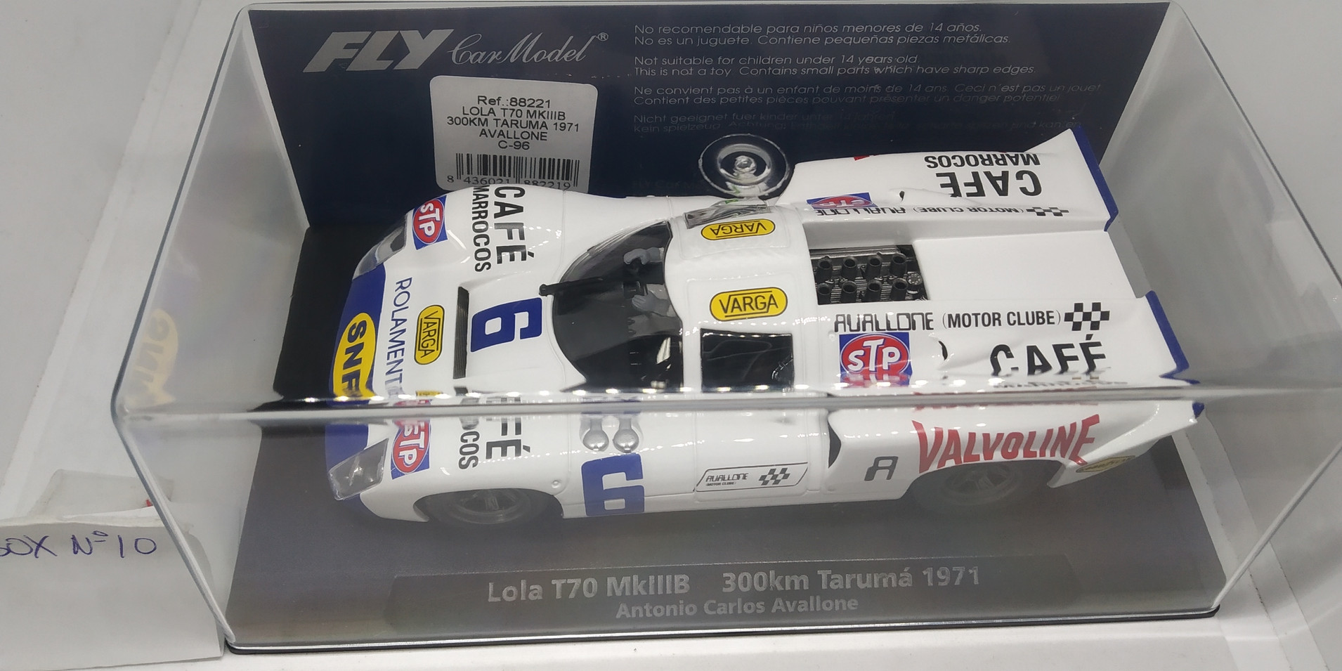 LOLA T70 MKIIIB 300 KM TARUMA 1971, REF. 88221 FLY CAR MODEL