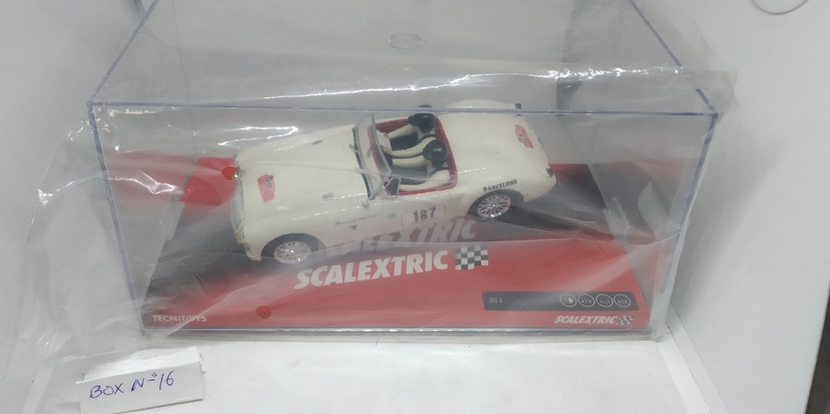 MG A SCALEXTRIC