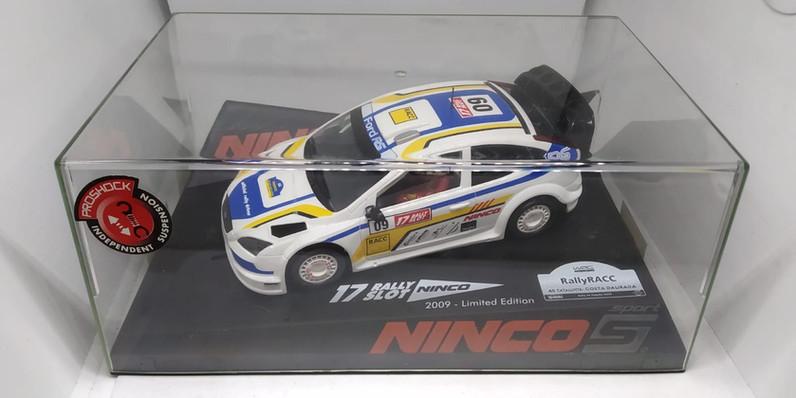 """FORD FOCUS""""RACC""""2009,EDICION PILOTOS OFFICIAL DRIVER,NINCO"""