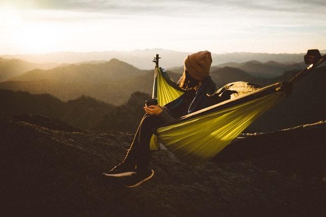 hamac de camping avec moustiquaire couche de soleil
