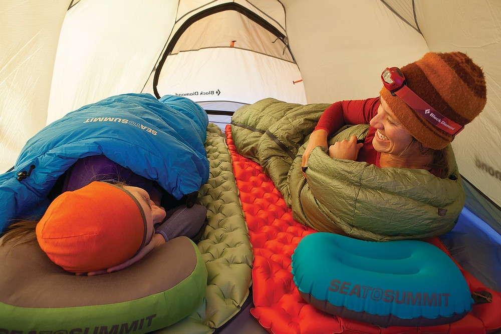 Meilleur matelas de camping et bedchair 2021