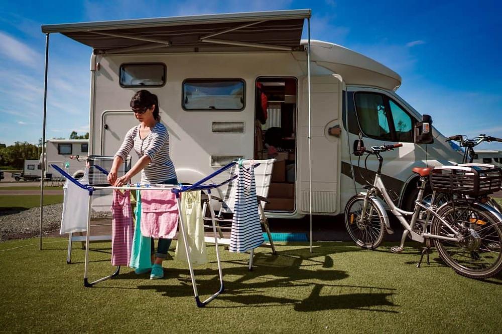 machine a laver portable dans un camping