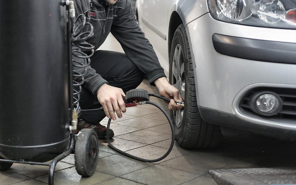 gonfleur pneu voiture et camping car