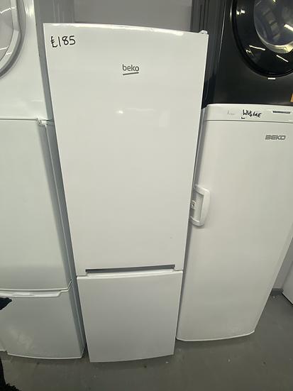 Beko CFG1571 Freestanding Frost Free Combi Fridge Freezer *GRADED*