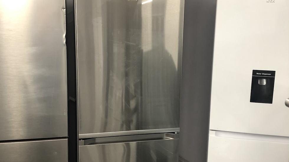 (702) Samsung Fridge Freezer - RB36R8839SR