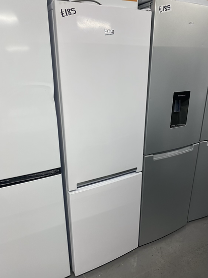 BEKO CSG3571W 60/40 Fridge Freezer - White