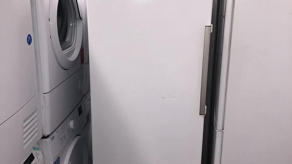 (131)  Indesit UI8F1CWUK1 Frost Free Upright Freezer - White - F Rated