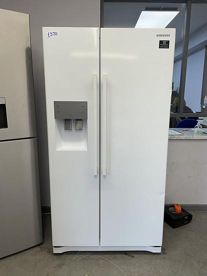 (004) SAMSUNG RS3000 RS50N3513WW/EU American-Style Fridge Freezer - White