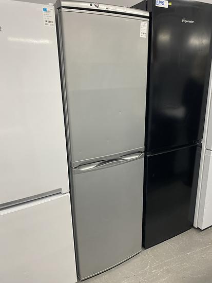 (018) HOTPOINT HBNF5517S 225 Litre Freestanding Fridge Freezer 50/50 Split Frost