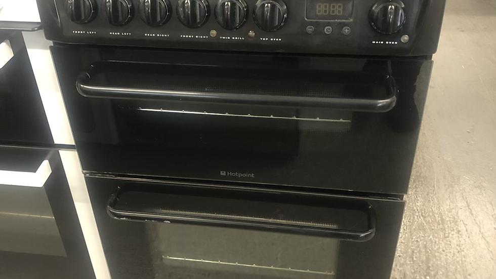 (824) Hotpoint 60cm Electric Cooker - HEAK60K