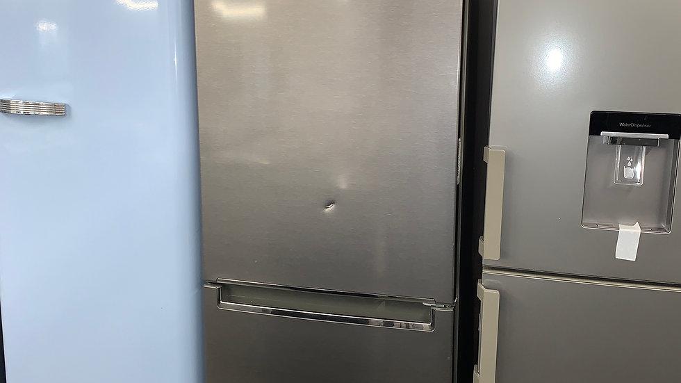 (648) LG GBB61DSJZN 70/30 Fridge Freezer - Graphite