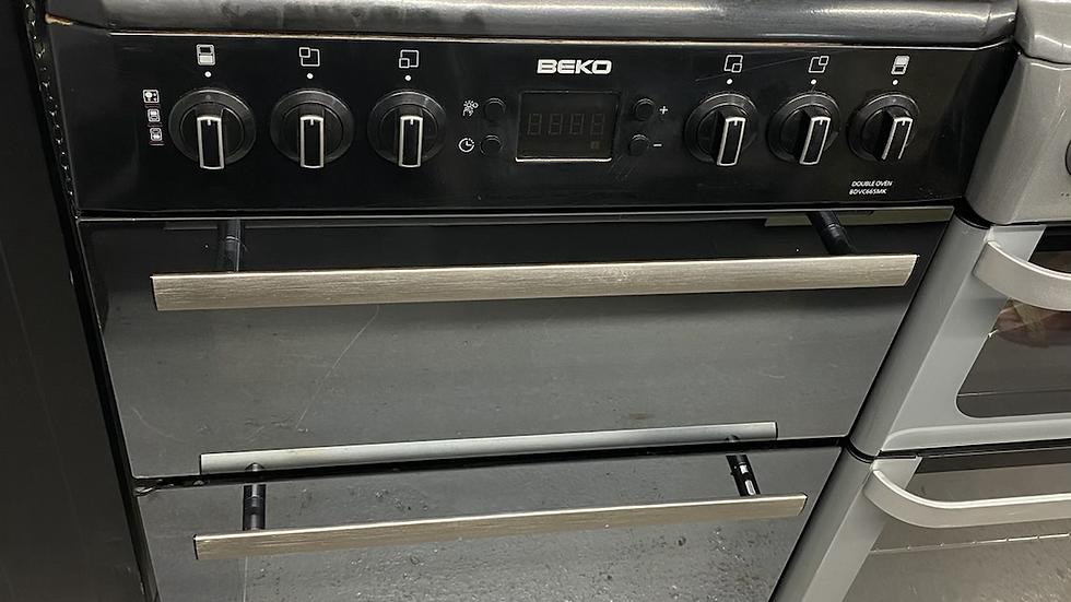 (893) BEKO 60Cm freestanding electric cooker