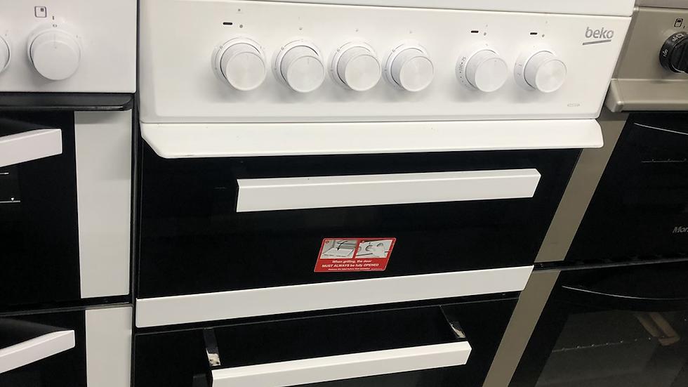 (146) Beko 50cm Electric Cooker - KD533A