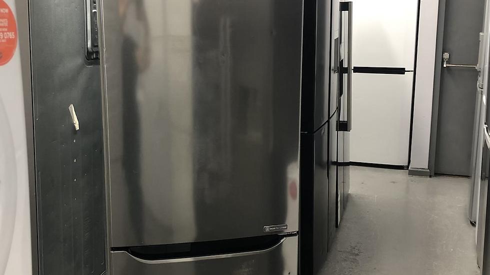 (149) LG GBB60PZJZS Extra Efficient Freestanding Fridge Freezer - Shiny Steel