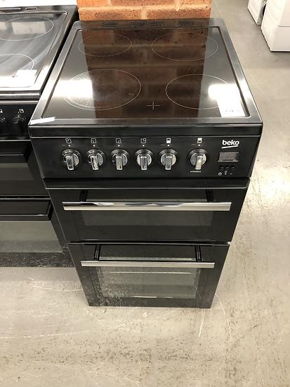(617) Beko 50cm cooker BHDO50CK
