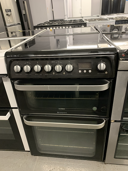 (702) Hotpoint 60cm Cooker - HUE61